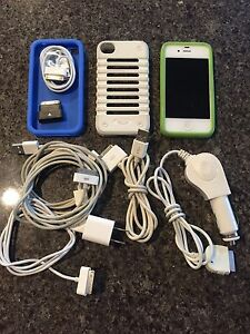 USED BELL APPLE IPHONE 4S CELLULAR CELL PHONE & ACCESORIES