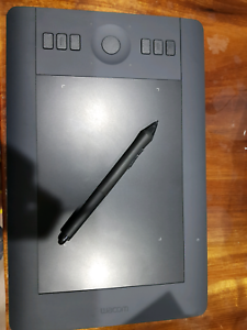 Wacom intuo pro small black touch tablet with all accessories Wollongong Wollongong Area Preview