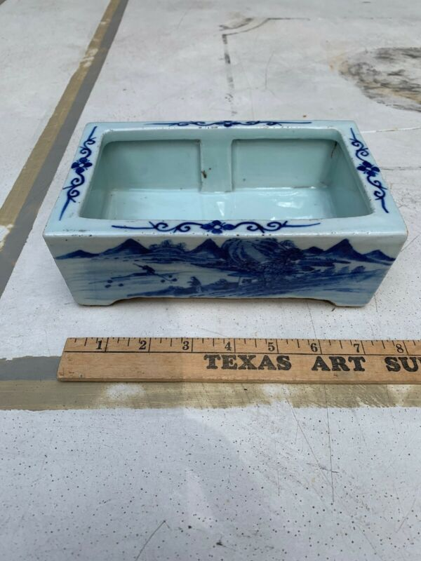 Chinese  Export Qing Oriental Blue White Flower Pot Vase Planter Mountain Lake