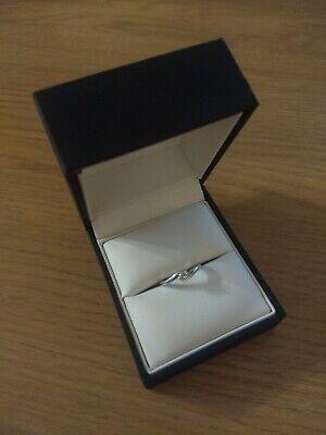 18 Carat White Gold Diamond Ring / Engagement Ring