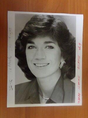 Vintage Glossy Press Photo Wbz Tv News Anchor Jeanne Blake Channel 4