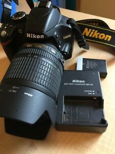 Nikon D3200 w/ 18-105mm f/3.5-5.6 lens + charger, Filter