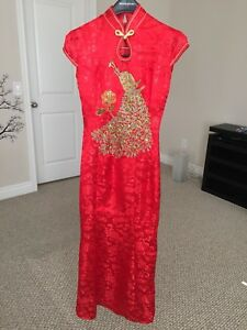 Elegant red long Chinese gown/cheongsam - size XS/S