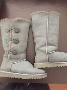 Ugg Women's size 7 boots