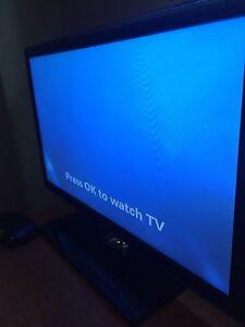 """Samsung 32"""" LED HDTV"""
