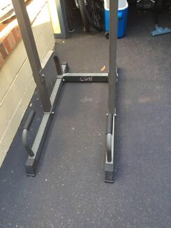 Avanti 4 way power stand Alfords Point Sutherland Area Preview
