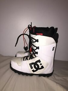 DC SNOWBOARD BOOTS FOR SALE!!!!
