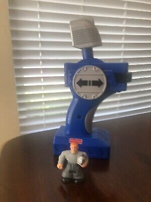 2006 Fisher Price GeoTrax Silver Bullet Knight Train Remote Controller & Figure