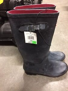 Ladies size 10 black ribbed rubber boots