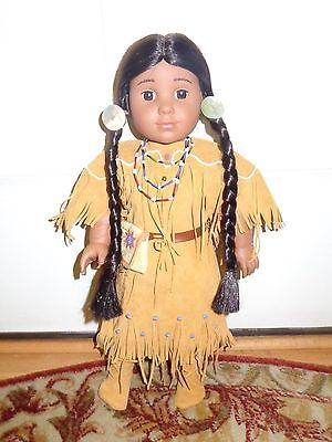 AMERICAN GIRL DOLL Pleasant Co 2002  KAYA w Original Dress, Bag, Necklace, Shoes