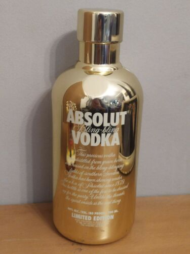 Absolut Vodka Limited Edition Bling Bling Gold Bottle Case !!