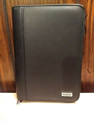 Franklin Covey Day One Zip 1.25 6 Ring Binder Planner Organizer 8.5 X 6 Black