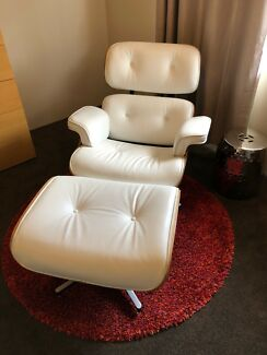 Replica Eames Lounge Chair + Ottoman
