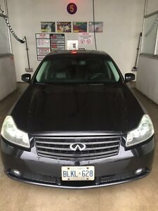 2007 Infiniti M35X Fully loaded, great condition.