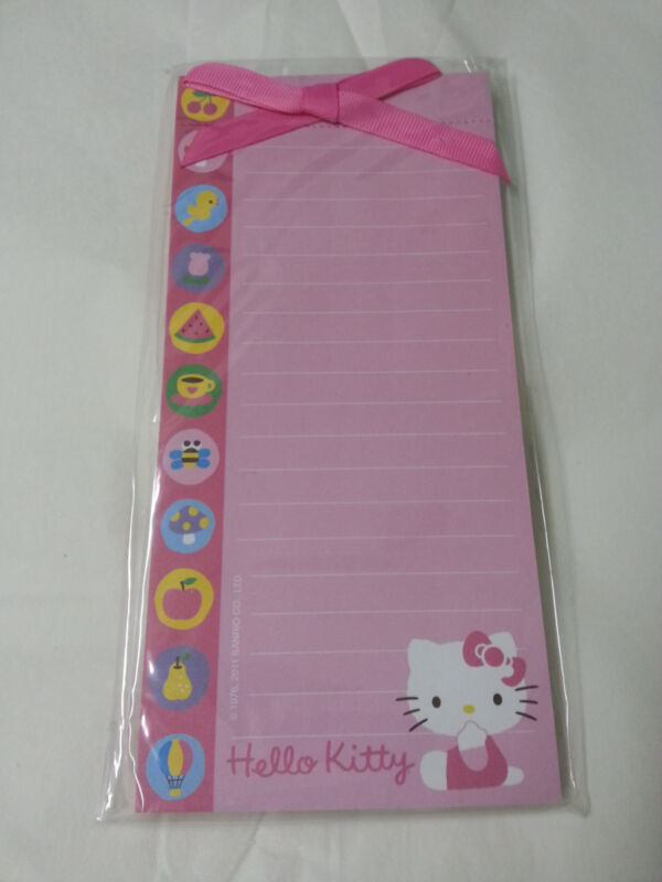 NEW Hello Kitty Memo Pad Pink 60 Sheets with Magnet