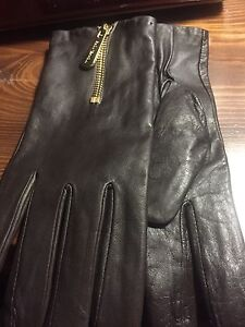 Michael Kors Authentic ladies leather gloves
