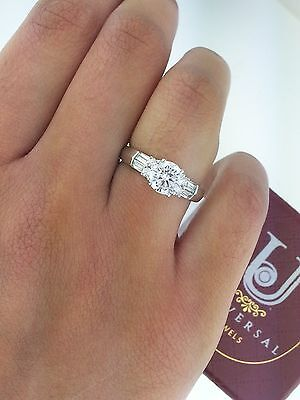 - 14k Solid White Gold 1.50 Ct Round Baguette Diamond Solitaire Engagement Ring