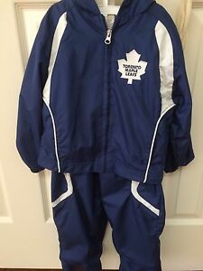Maple leaf jacket and pants - 4T like new