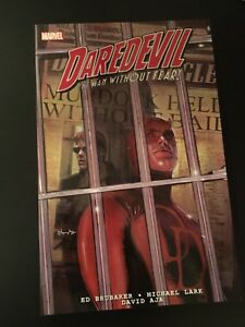 Daredevil Trade Paperback by Brubaker Vol 1