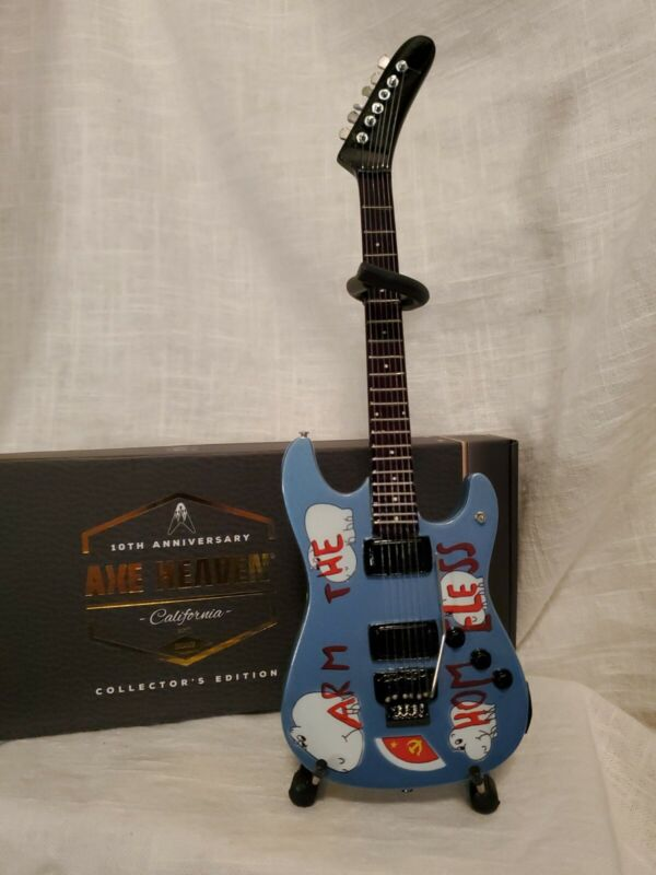 RAGE AGAINST THE MACHINE-TOM MORELLO-ARM THE HOMELESS MINIATURE REPLICA GUITAR-A