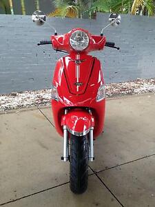 New Vmoto Estate 125cc 4-Stroke Southport Gold Coast City Preview
