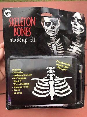 Skeleton Make Up (Lot Of 4 Skeleton Bones Make Up Kits NEW in)