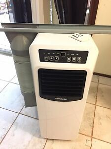 Nearly new 4.1kw portable air condition with remote complete windowkit Blacktown Blacktown Area Preview