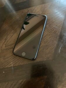 iPhone 7 Space Grey 128 GB + Otterbox Defender Case