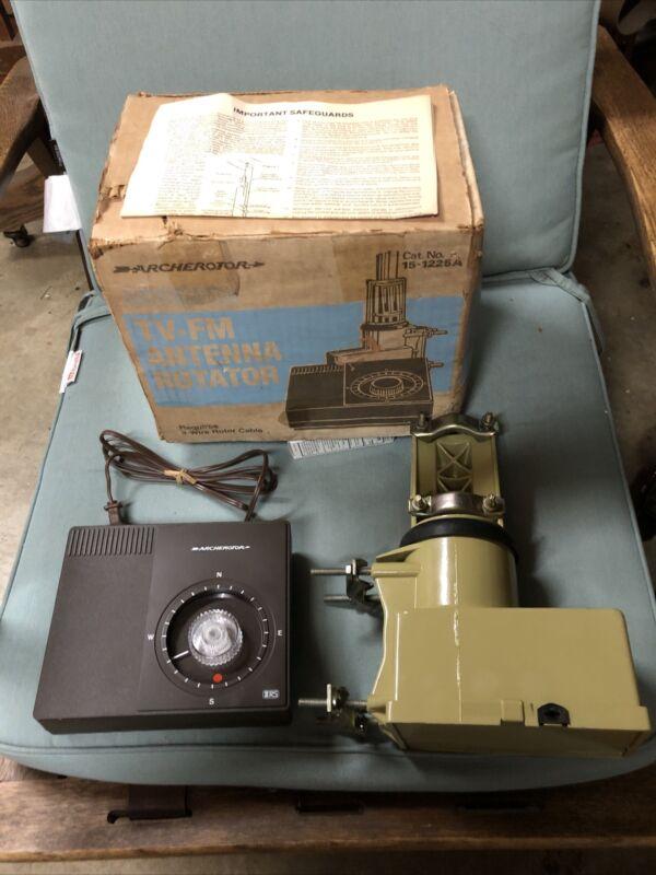 Vintage In Box Archetotor Automatic TV-FM Antenna Rotator Model 15-1225A