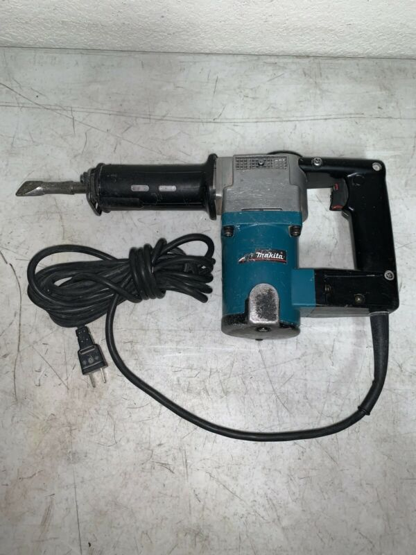 MAKITA HK 1810 POWER SCRAPER CHIPPING HAMMER TILE REMOVER