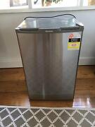 Hisense 120Lt Fridge with mini freezer suitable for ice only Chelsea Kingston Area Preview