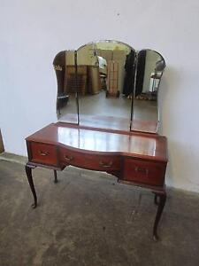 D20070 Queen Anne Mahogany Dressing Table Mount Barker Mount Barker Area Preview
