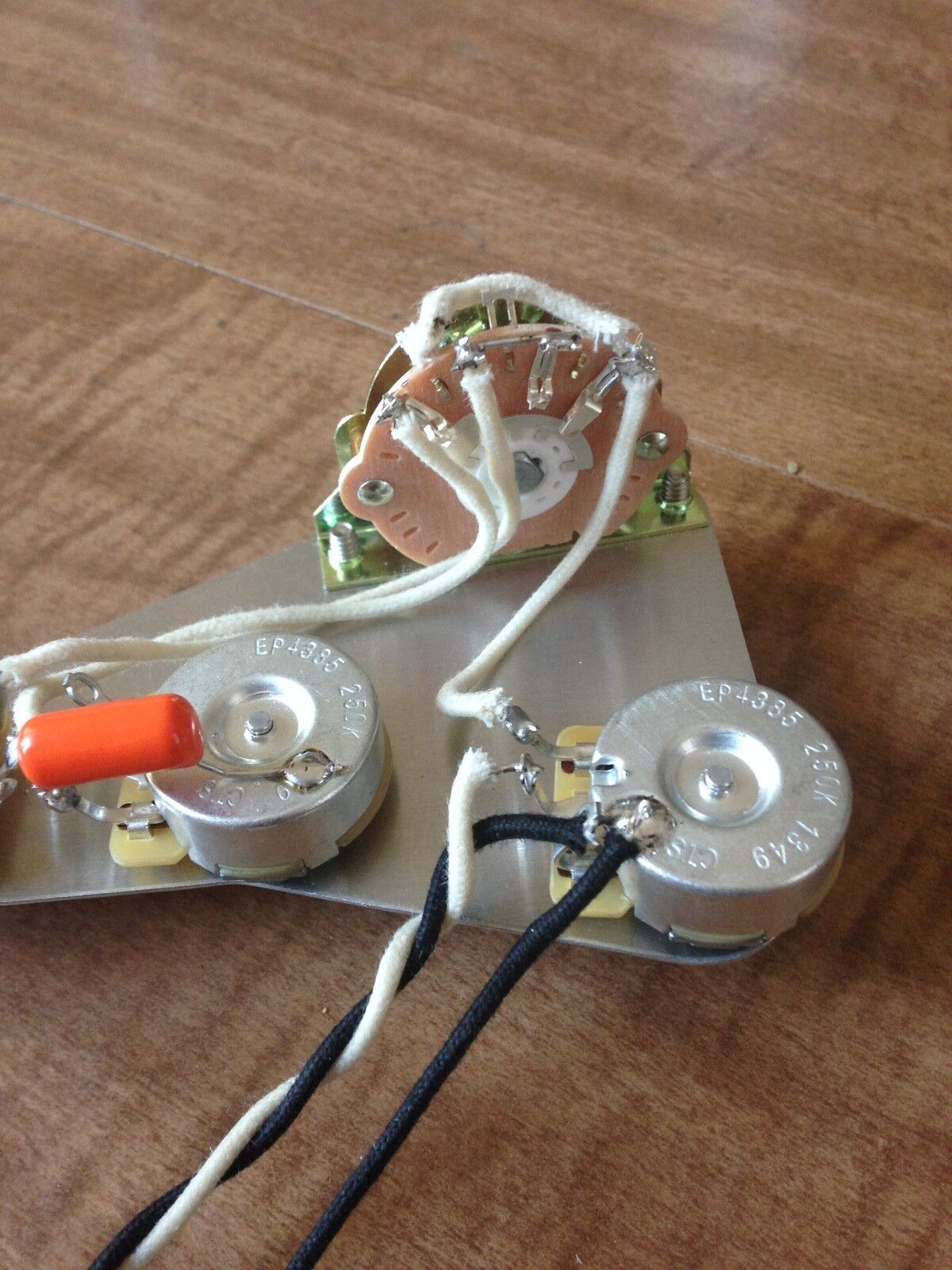 stratocaster wiring harness wiring diagram and hernes fender stratocaster wiring harness uk jodebal