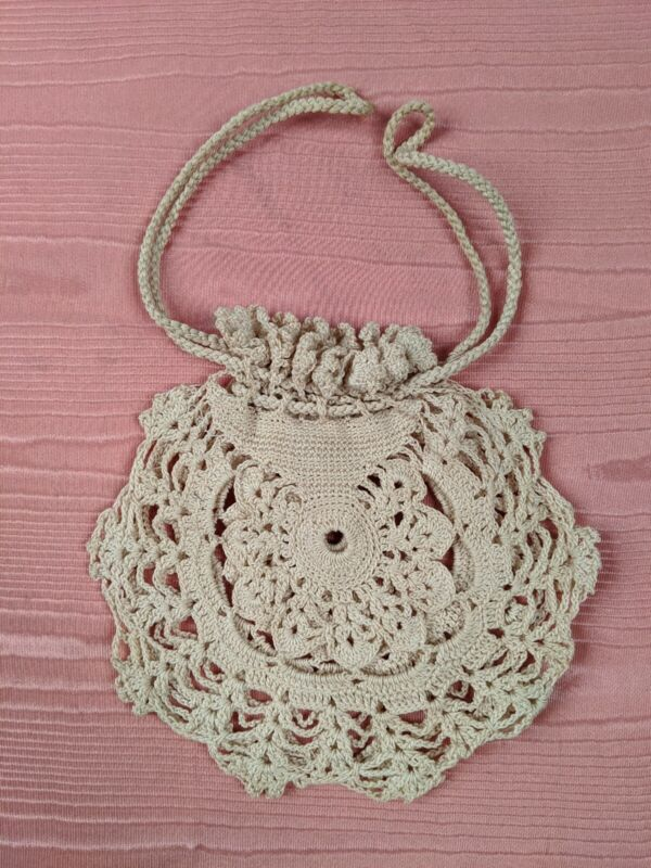 ANTIQUE HAND CROCHETED MINIATURE CHANGE PURSE WITH DRAWSTRING TOP