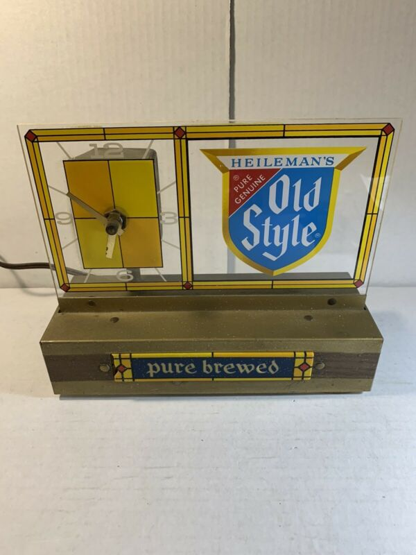 Vintage 1950's HEILEMAN'S OLD STYLE BEER Store Lighted Display Clock Adver