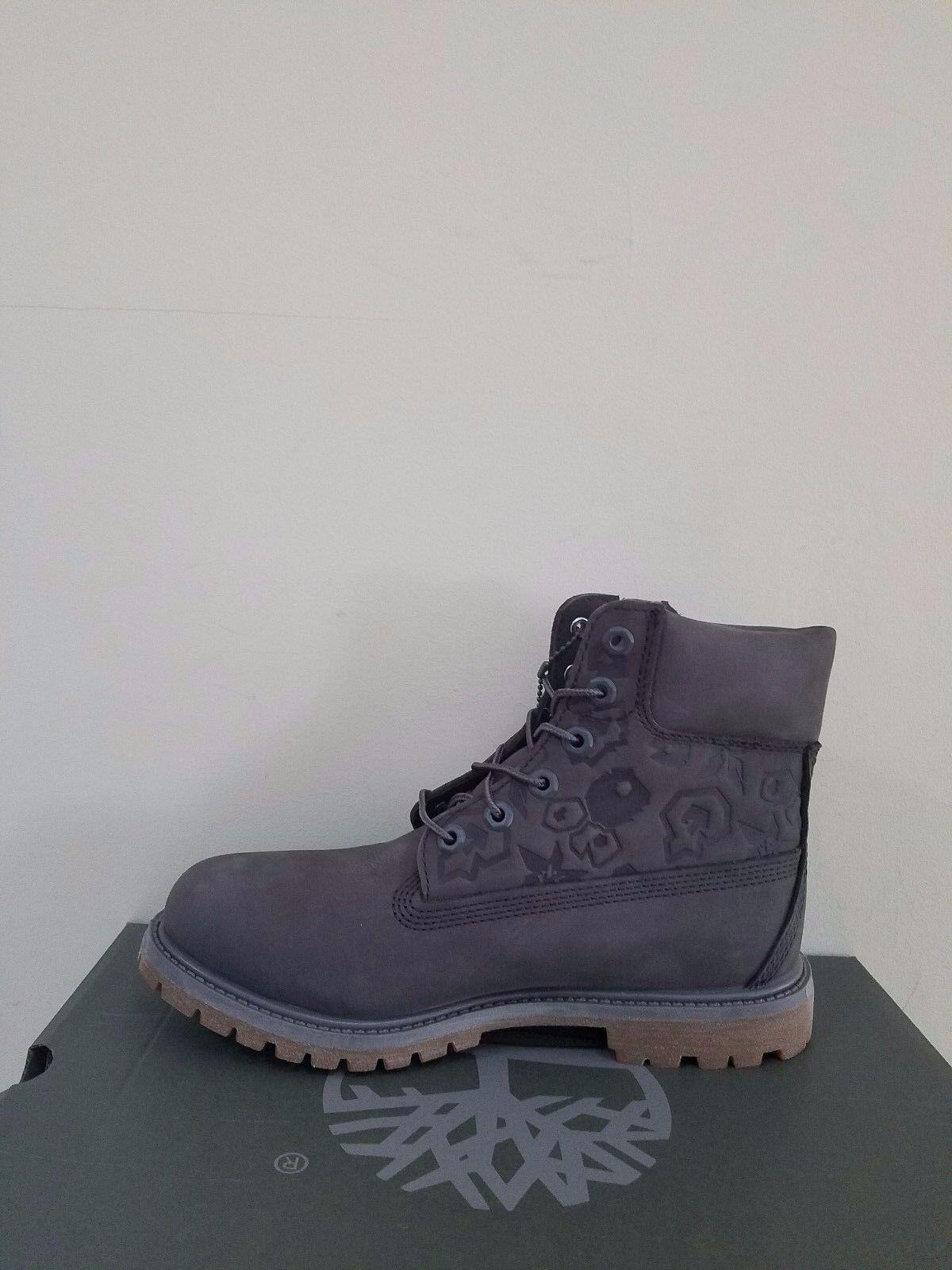 "Timberland Women's Embossed 6 inch"" Double Sole Premium Waterproof Boots NIB 1"