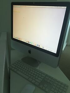 IMAC Desktop w/ keyboard and mouse Woolloomooloo Inner Sydney Preview