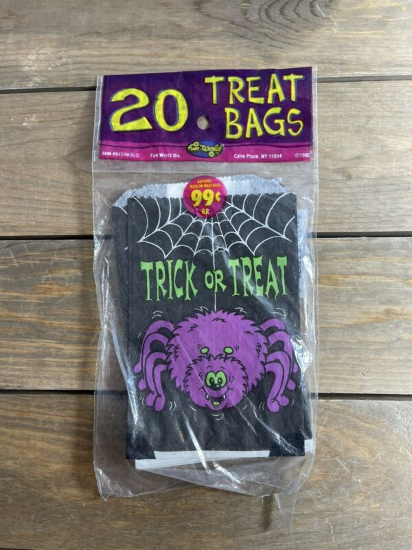 VINTAGE HALLOWEEN TRICK OR TREAT BAGS SPIDER & WEB 20CT FUN WORLD 1995