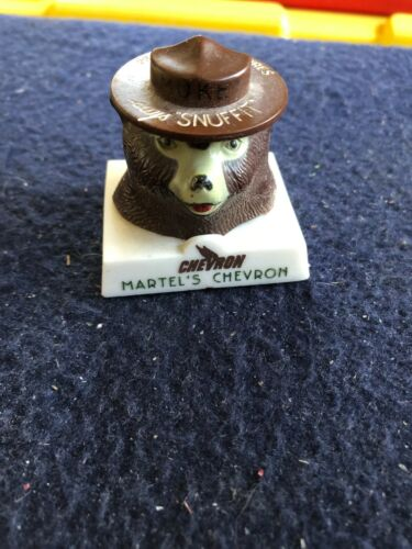 Vintage Smokey Snuffit Martel's Chevron Dorris CA w/ magnet base
