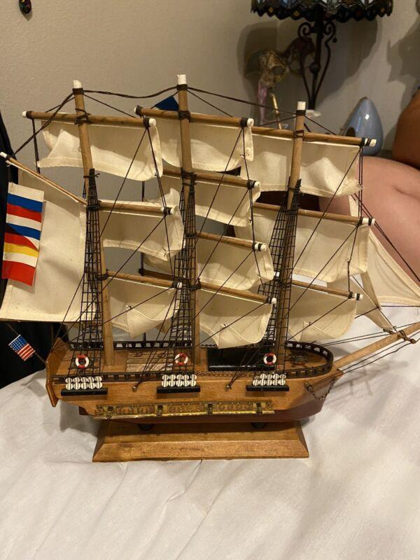 Vintage USS Constitution 1797 Wood Model Ship