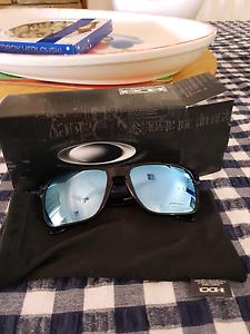 oakley sunglasses in perth