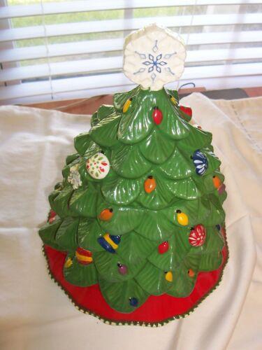 Temptations Christmas Tree Cookie Jar Holiday Kitchen Decor