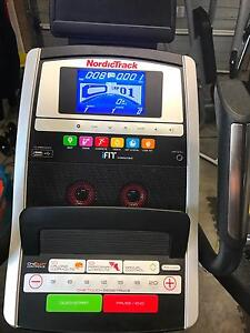 NordicTrack E7.0 ELLIPTICAL TRAINER --- ONLY 18 MONTHS OLD Stockton Newcastle Area Preview