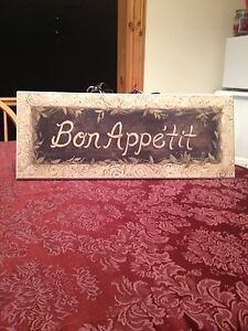 "20"" w x 8"" h, like brand new condition Bon Appetit sign.  Kingston Kingston Area image 5"