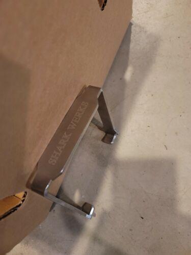 Shark Werks Air Filter Removal Tool (Porsche 981, 718 Cayman GT4/Boxster Spyder)