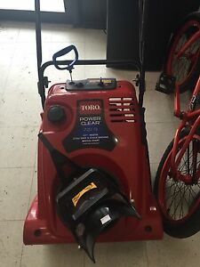 PAWN PRO'S HAS A TORO POWER CLEAR SNOWBLOWER
