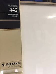 Westinghouse Frost Free - Fridge Freezer 442 litre capacity. Greystanes Parramatta Area Preview