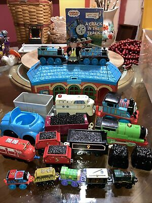 Thomas The Train Station Book Lot Of 22 Pieces Superman Buzz Lightyear Mini Toys