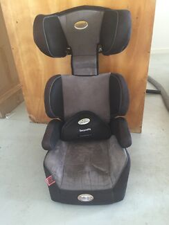 Secure vario max booster seat with infa secure h harness Birkdale Redland Area Preview