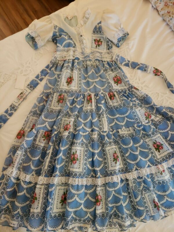 Vintage Sabina Frocks Dress Girls Blue White Lace Drop Waist cabbage Rose sz 10